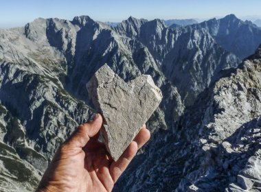 Stone heart on the Hohe Fürleg mountain in the Karwendel Mountains