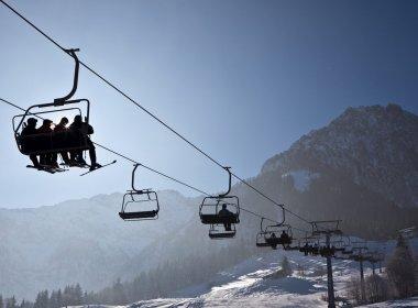 Kaiserwinkl-Skigebiet-Zahmer-Kaiser-Sessellift