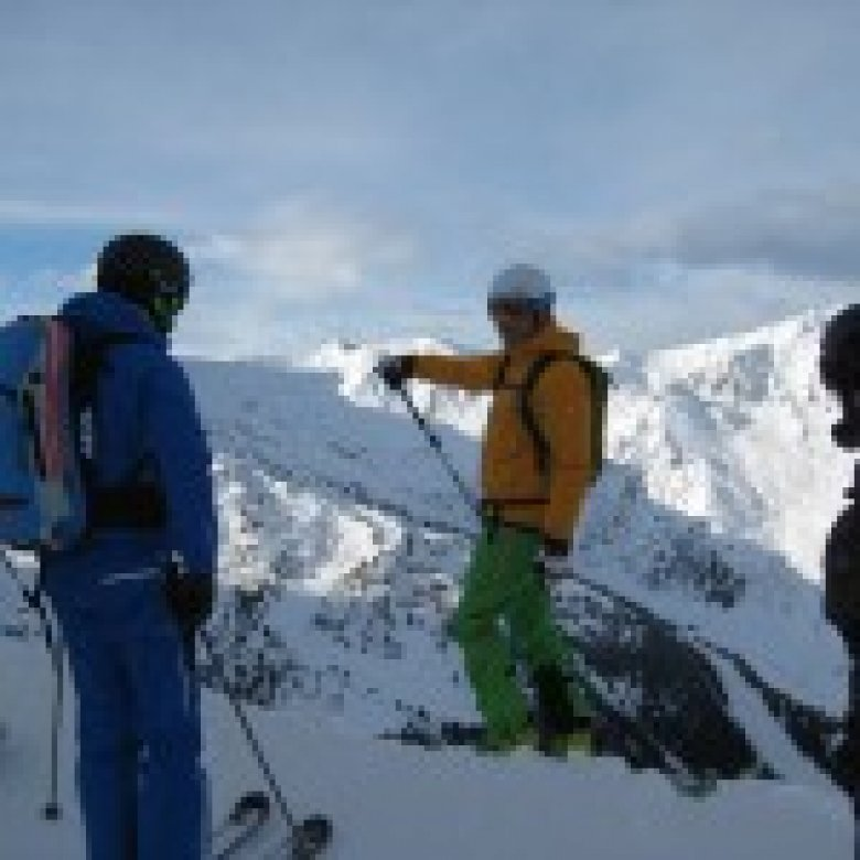 SAAC Camp in Hochfuegen teaches freeriders the basics and helps them to minimise risk