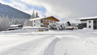 Apartmenthaus Bader Leutasch Winteransicht