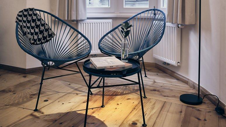 Reading corner at the Kontor hotel, © Klaus Maislinger