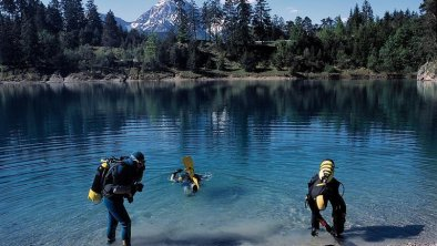Tauchen im Bergsee