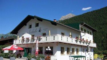 Alpenhotel Gasthof Lechtaler Hausansicht, © Eigenes Foto
