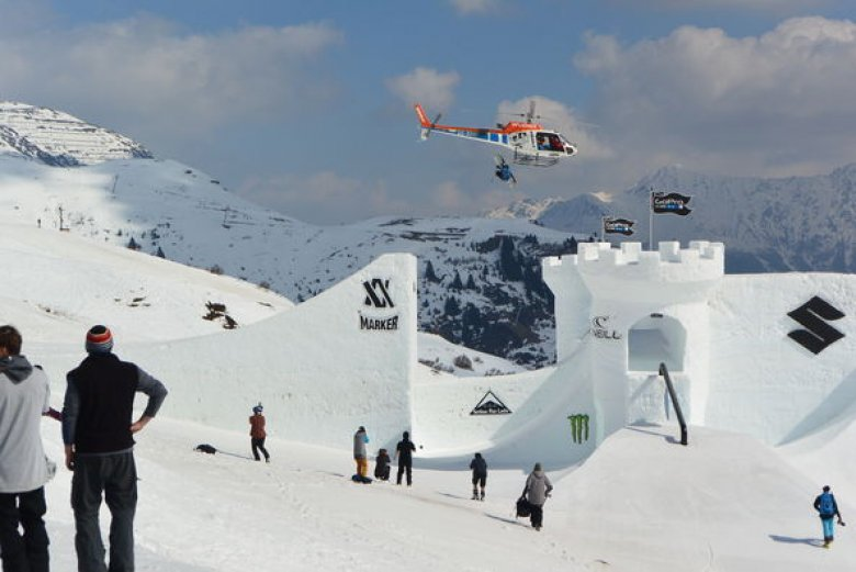 """Analyse, encrypt, and uncover intelligence data at the secret training facility for aspiring secret agents, Tirol's awesome terrain parks. Up and coming freestylers and seasoned experts alike are using secret codes like """"Cork 7"""", """"Rodeo"""" or """"Switch 540 Japan"""". Probably the only man capable of deciphering these codes is named Bond. James Bond. (Photo: Michael Gams)"""