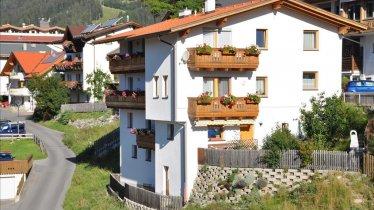 Foto Haus Notburga 2011 Sommer 015 - Kopie, © Blitzlicht-Design