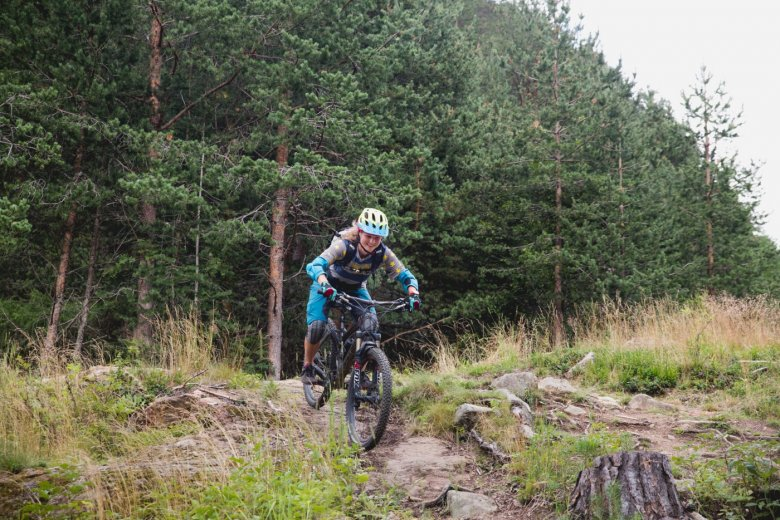 Vreni loves skiing, snowboarding and mountain biking – good reasons for her to move to the mountains.