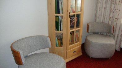 Kleine Bibliothek im 1. OG, © Eigenes Foto
