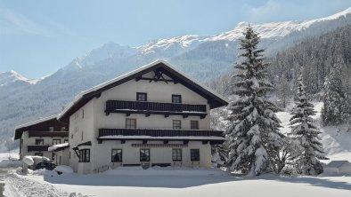 schöner Wintertag, © Gästehaus Fischer