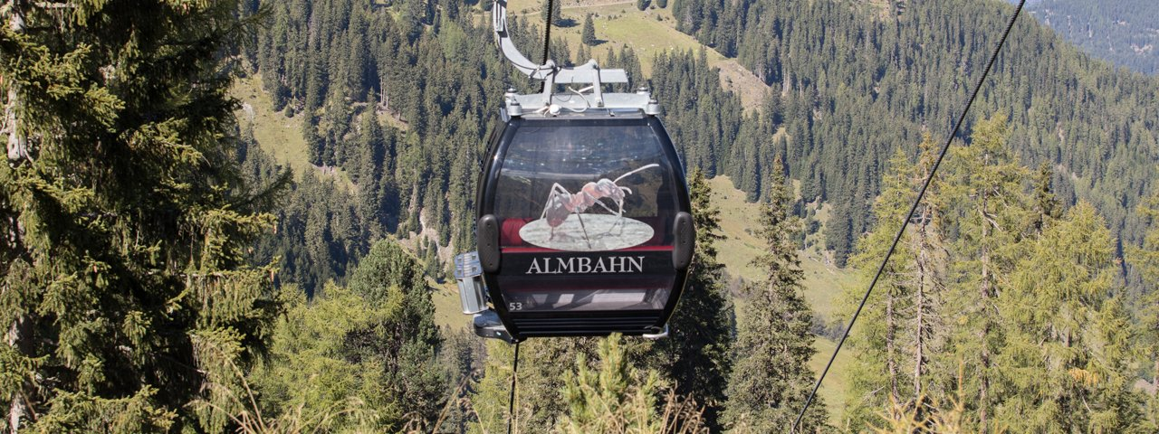 Almbahn cable car in Fiss, © Bergbahn Fiss