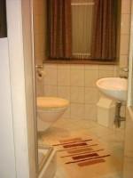 DU/WC Wohnung 1