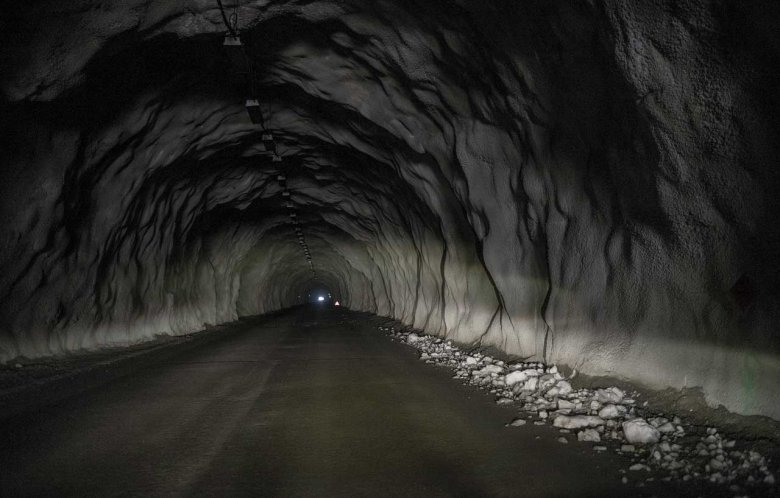 """Usually closed in winter, the Soelden Glacier Road is the highest paved road in the Alps and 1.8-kilometer long Rosi-Mittermaier-Tunnel is the highest road tunnel in Europe. Luckily, the road could be opened for filming """"Spectre"""". Photo Credit: Jörg Koopmann"""