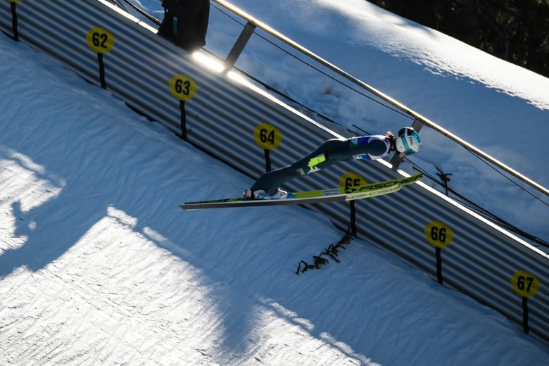Total concentration at the women's ski jumping event.