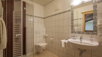 Zimmer 101 Badezimmer