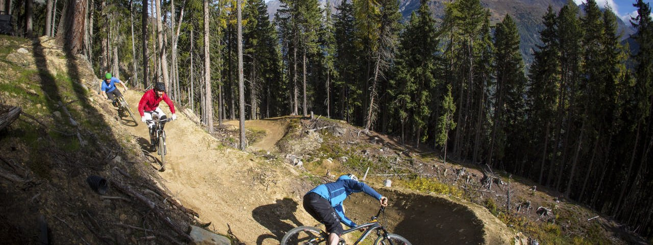 The Teäre Line is filled with built up wooden berms and wall rides to spice up the riding, © Ötztal Tourismus