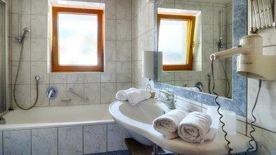 zimmer-Badezimmer
