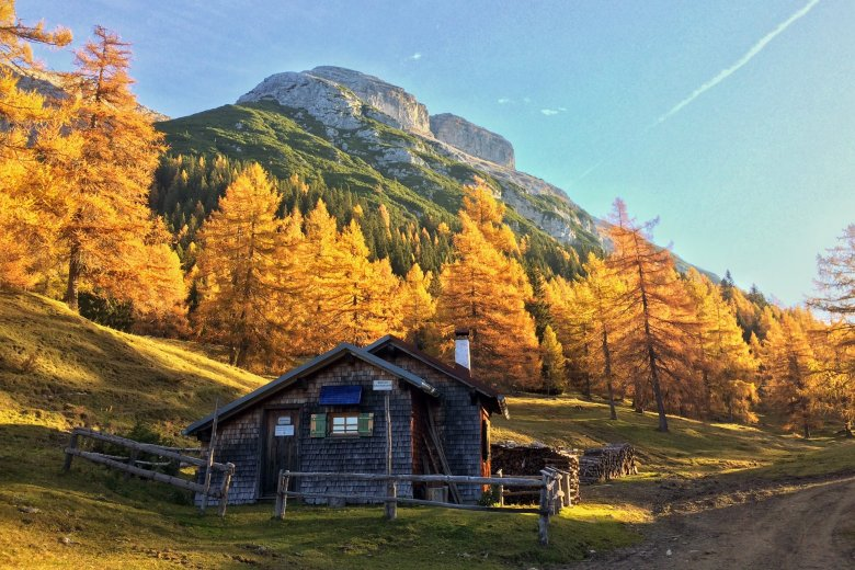 Winter Room at Magdeburger Hut. You can do an overnighter here until October 15, 2018. (c) Fridrik Pall Fridriksson, Instagram @skiarktis