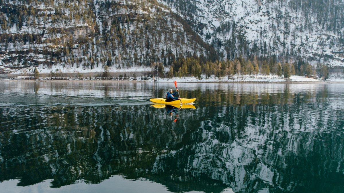 Kayaking on Lake Achensee, © Ramon Haindl