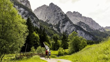 The second stage takes hikers into the Kaiserbachtal Valley, © Sportalpen