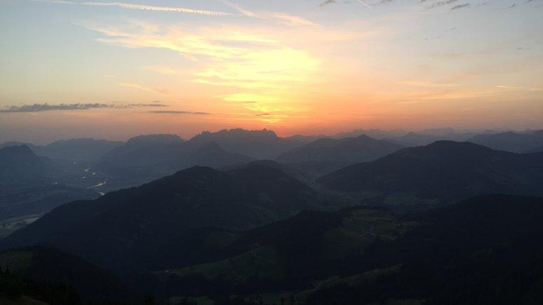 Sunrise from the Gratlspitz mountain in the Alpbachtal Valley, © Alpbachtal Tourismus