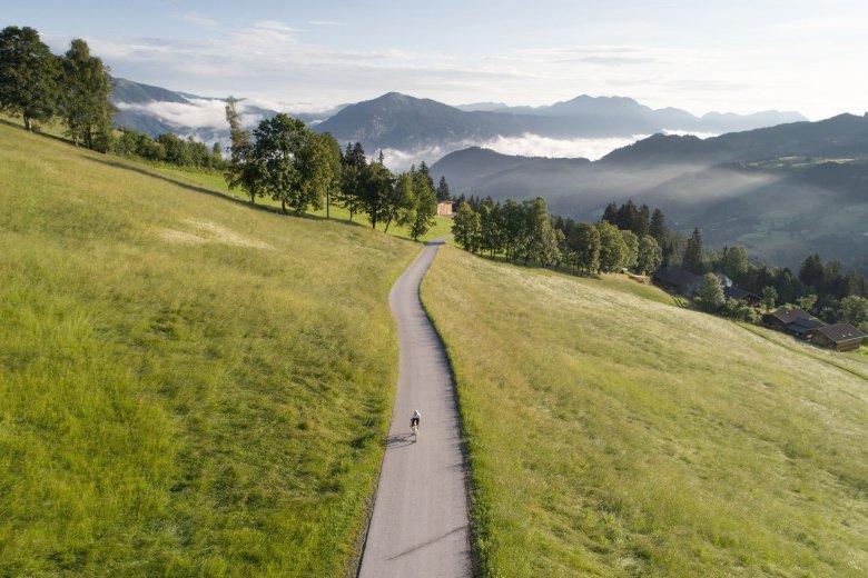 Alpbachtal Valley is a road-biker's dream destination: The 117-kilometer long loop between Kitzbühel Alps and Rofan Mountain Range involves a nasty 2,500 vertical meters of climbing.