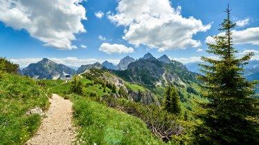 Walking trail to the Füssener Jöchle, © Aussicht ins Tannheimer Tal vom Füssener Jöchle