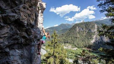 Rock climbing near Landeck, © Ferienregion Tirol West