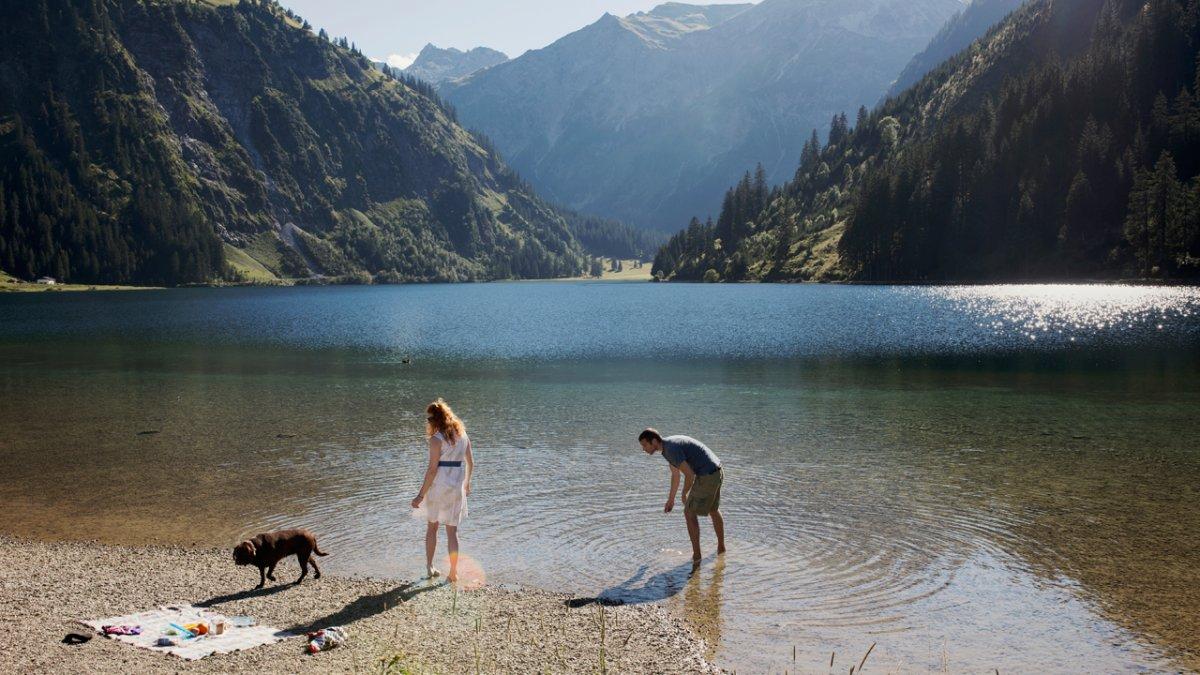 Dog-friendly swimming lakes, © Tirol Werbung/Verena Kathrein