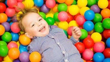 Ballpit at the Halligalli indoor play centre, © Halligalli