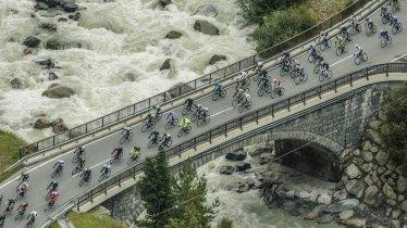 Endurance racers at the Ötztal Cycling Marathon, © Jürgen Skarwan/Ötztal Tourismus