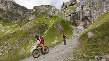 Crossing the Uinaschlucht gorge along the Sesvenna Loop, © Sebastian Runschke