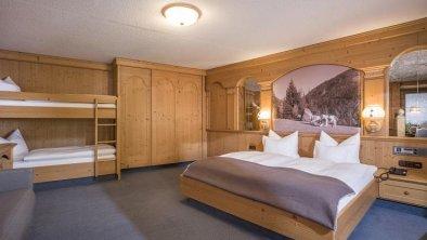 Hotel Almhof**** - Familiensuite Kohlstatt