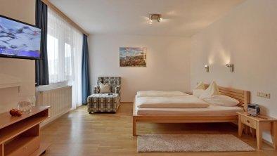 apartments_mayrhofen_amethyst_bedroom