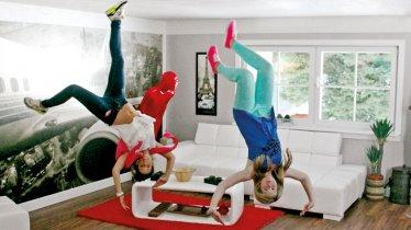 Upside Down: In the Living Room, © Haus steht Kopf