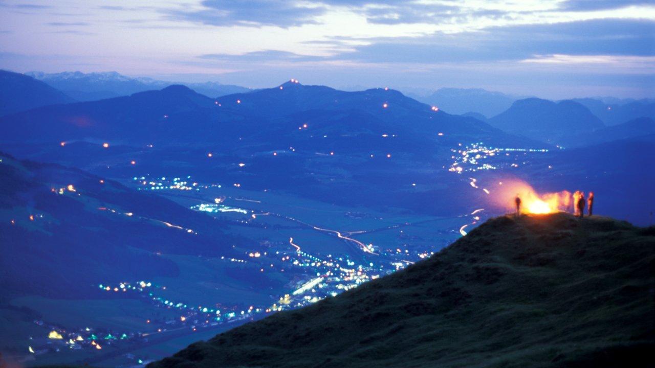Solstice Fires in the Kitzbühel Alps, © Albin Niederstrasser
