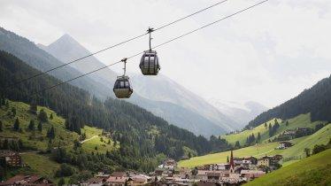 The Eggalm cable car in Lanersbach, © Tirol Werbung/Bert Heinzlmeier