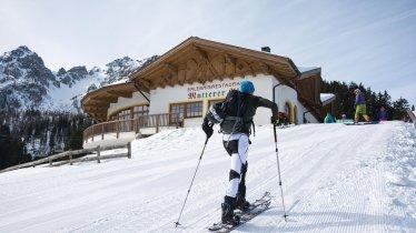Ski touring in the Muttereralm ski resort, © Innsbruck Tourismus / Helga Andreatta