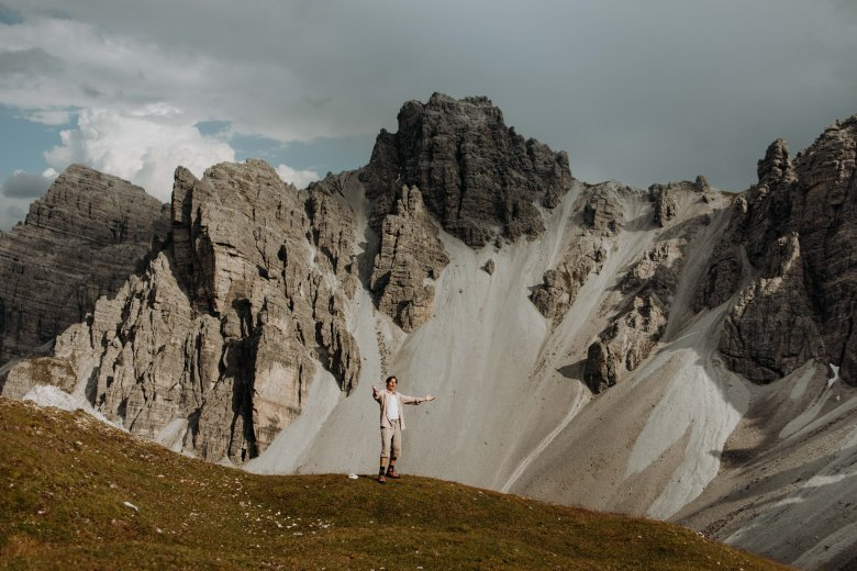 Paul sings not only for audiences around the world but also for his home mountains in Tirol.