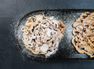 "A wonderfully crispy dessert from Tirol that is fun to make at home: ""Strauben"""