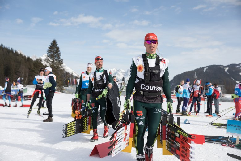 Team Germany on their way to the start.