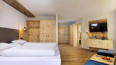hotel_zirbenhof_hochfuegen_panoramamountainsuite 3