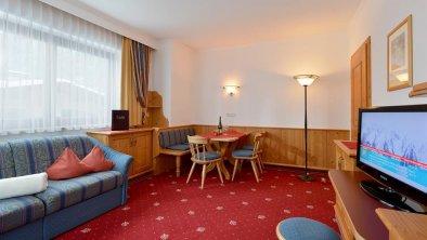 Aparthotel Ederfeld Mayrhofen - Wohnzimmer