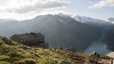 The Olpererhütte in the Zillertal Alps, © Tirol Werbung/Jens Schwarz