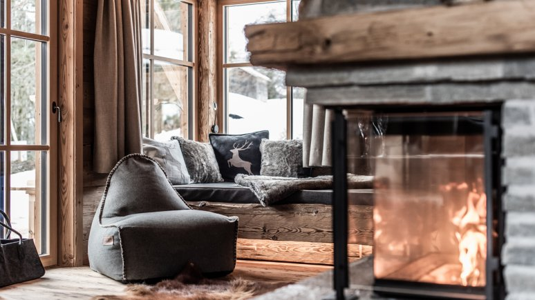 Living area, Chaletdorf Benglerwald, © Chaletdorf Benglerwald