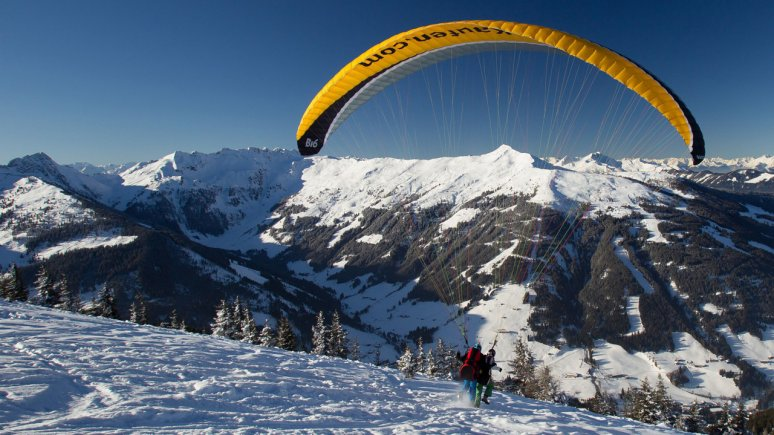Paragliding in Alpbachtal Valley, © Ski Juwel Alpbachtal Wildschönau