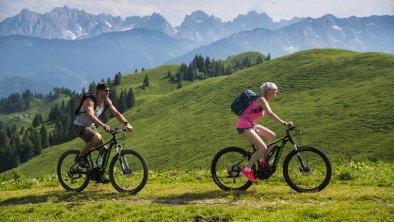 _DSC0880-kaiserwinkl tirol-Sommerurlaub-biken_klei