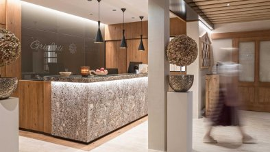 Rezeption & Lobby, © Hotel Sonnenhof