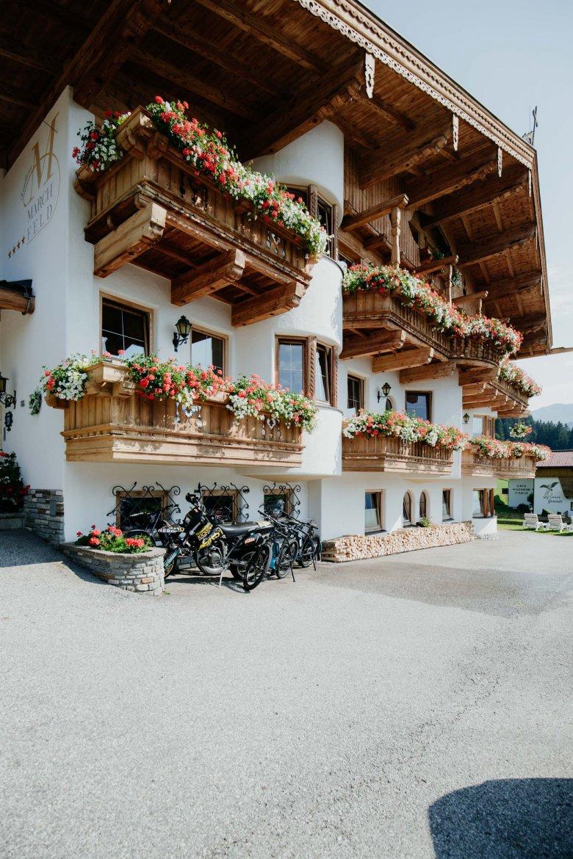 The small Hotel Marchfeld in Oberau.