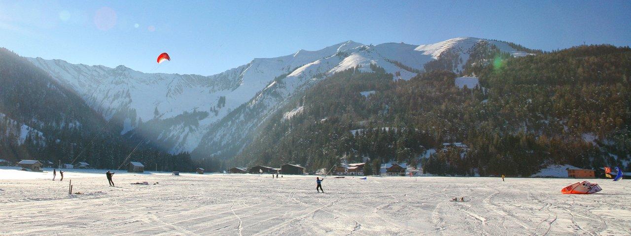 Snowkiting at Achensee lake, © Achensee Tourismus
