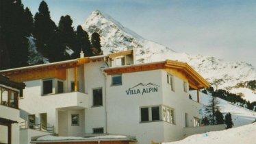 Villa Alpin Winteransicht