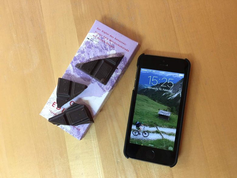 """""""Mobile Fasting"""" – probably harder than refraining from sweets."""